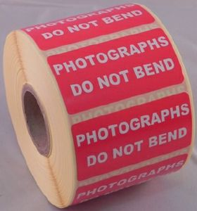 Photographs Do Not Bend Labels - 50 x 25mm